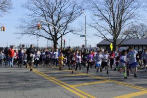 Start of 1-Mile Fun Run (Photo by Stephen Takacs)