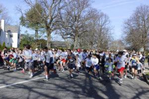 Start of 5K race (Photos by Stephen Takacs)