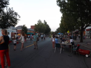 The Garden City Chamber of Commerce will be hosting Friday Night Promenades throughout the summer