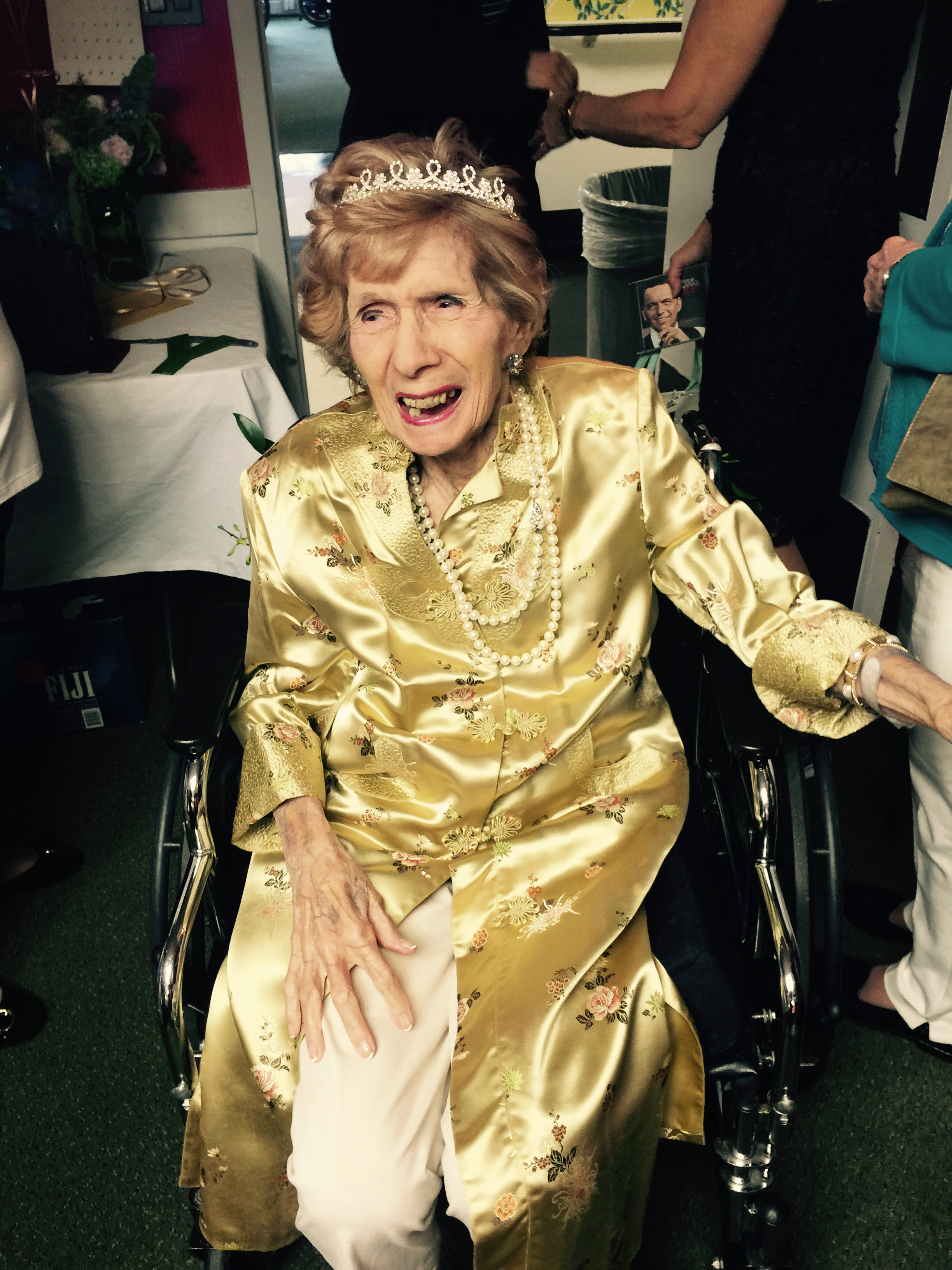 100 Years Young Love Of Life And Faith Key For Phyllis
